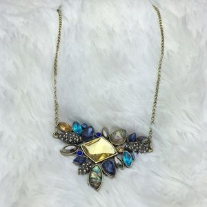 Jewelry - NWOT Blue Stone Statement Necklace